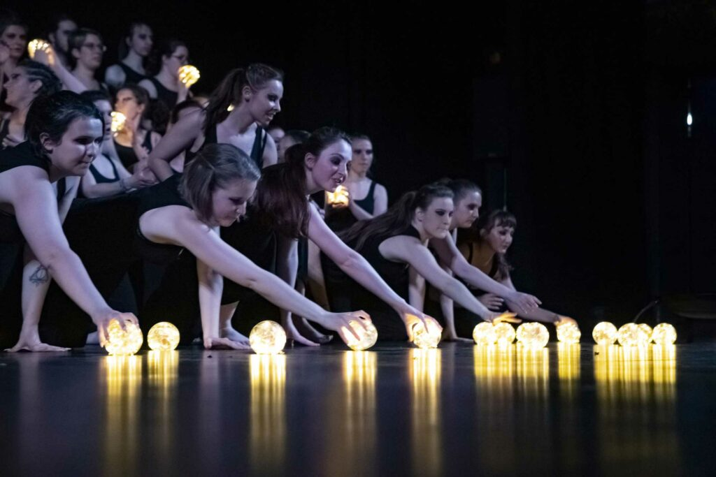 Spectacle Lumen, de la chorale universitaire de Nancy, Salle Poirel, 2019. Photographié par Alice Meyer